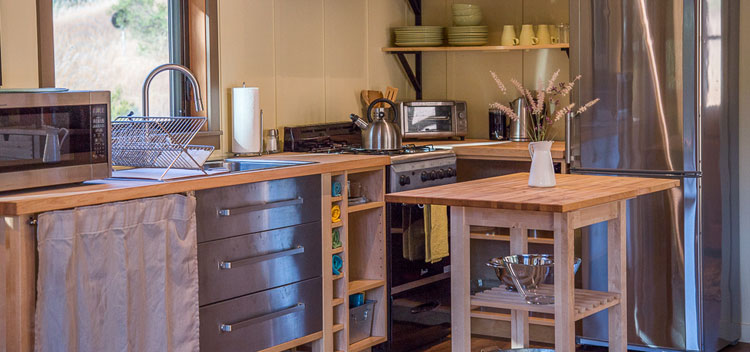 The kitchen at the Creekside Cottage at Bell Valley Retreat